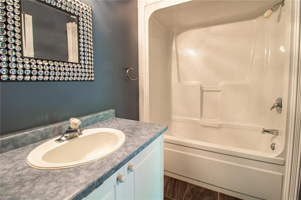 53 Bunting Road #16, St. Catharines, Ontario  L2P 3Y6 - Photo 16 - 40115800
