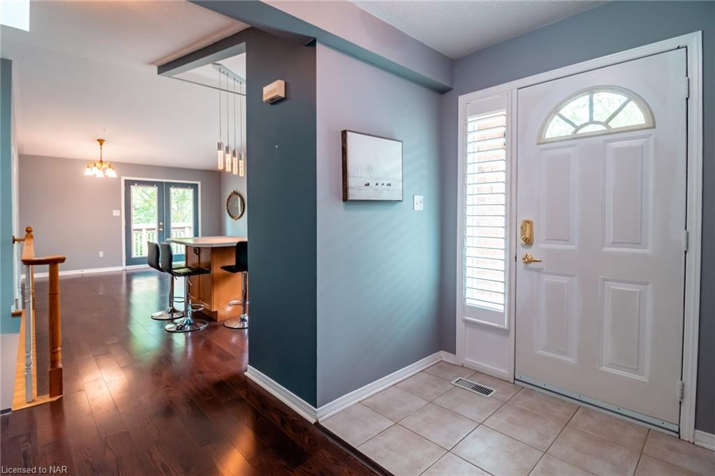 53 Bunting Road #16, St. Catharines, Ontario  L2P 3Y6 - Photo 5 - 40115800