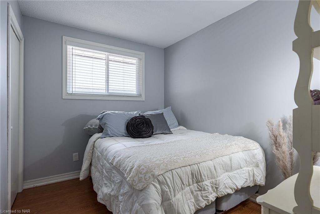 5832 Frontenac Street, Niagara Falls, Ontario  L2G 3A9 - Photo 15 - 40138185