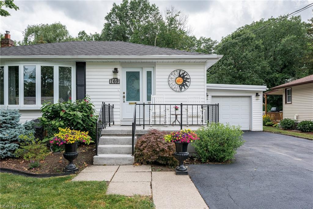 169 Gadsby Avenue, Welland, Ontario  L3C 1B3 - Photo 2 - 40138053