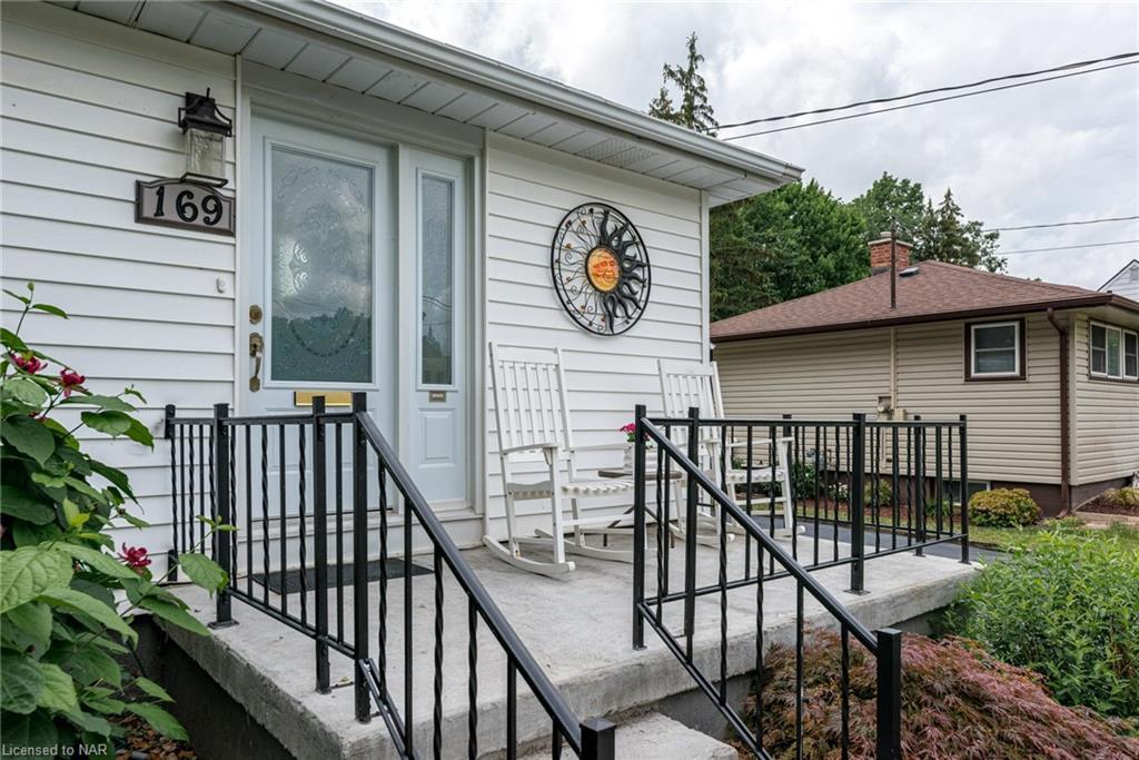 169 Gadsby Avenue, Welland, Ontario  L3C 1B3 - Photo 3 - 40138053